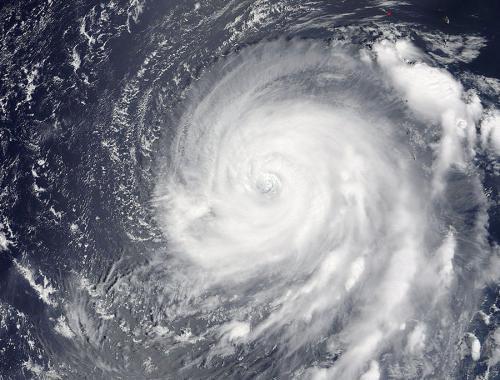 El huracán Katia se mantiene sobre el Golfo de México