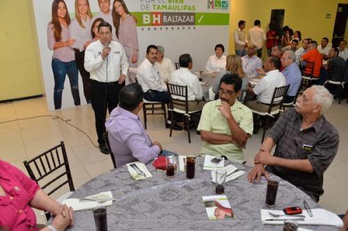 Voy a democratizar la política pública: Baltazar