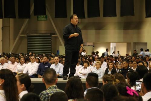 Hijo de Pablo Escobar dará conferencias en Tamaulipas