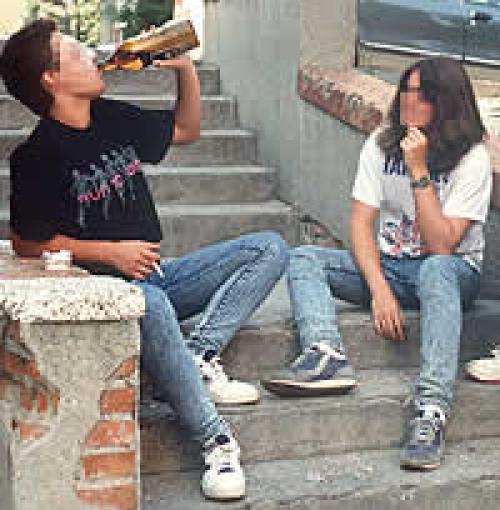 La profiláctica y la lucha contra el alcoholismo de adolescentes