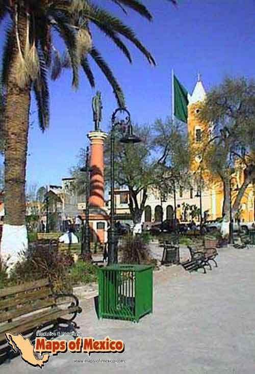 Pretende Impladu reubicar a ambulantes del centro Histórico