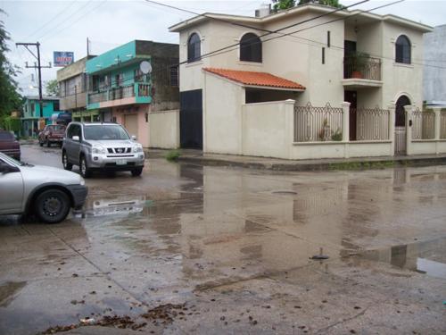 Piden semáforo en la Tamaulipas