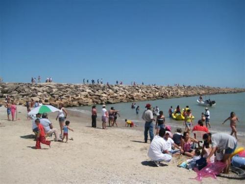 Limpias, las playas del país para este verano: Cofepris