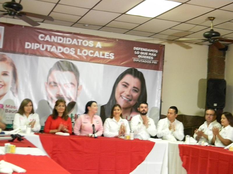 Presenta el PRI estatal a candidatos y sus propuestas en conferencia de prensa