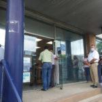 Protestan por falta de aire acondicionado en oficinas de TELMEX