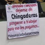 Con manta exigen al Congreso de Tamaulipas se ponga a trabajar